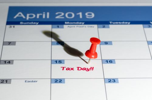 Tax Day 2019 on Calendar